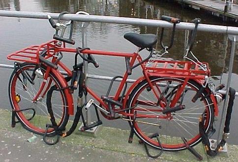 Vélo (trop) bien protégé