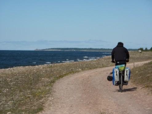 Cyclotouriste sur piste