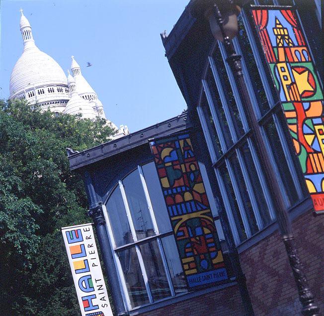 Halle Saint Pierre : Martine Lusardy nous parle d'art brut