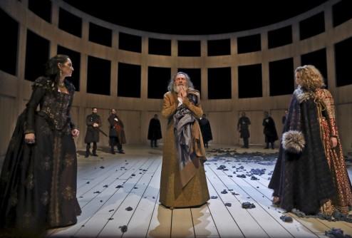 Le Roi Learde William Shakespeare mise en scène Christian Schi