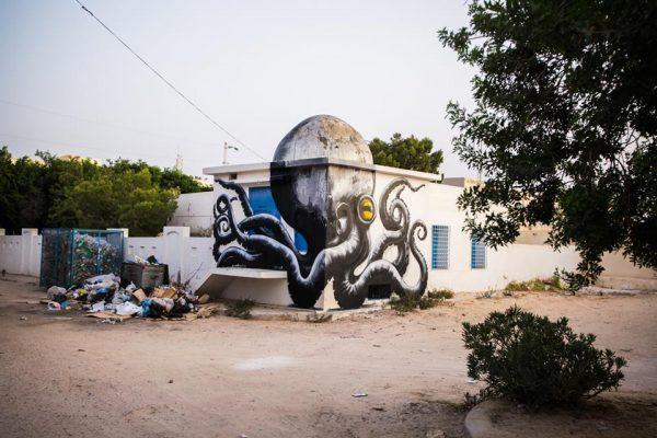 A l'avant garde : Roa – street art in Djerbahood – 2014