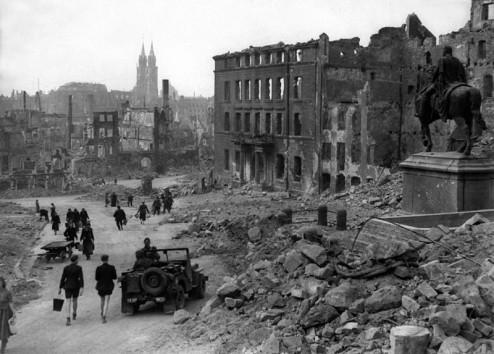 nuremberg-in-ruins-1945