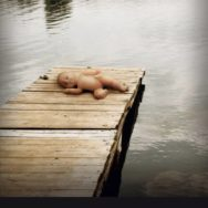 Paraphilia: il était une fois des pédophiles et des enfants morts …
