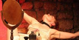 Louise Weber dite la Goulue au Théâtre Essaïon: chronique à rebours d'une fille de joie et de liberté
